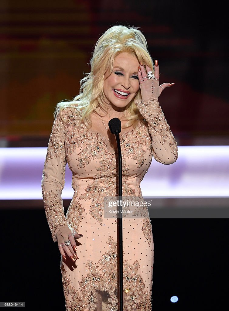 Singer/actor Dolly Parton speaks onstage during The 23rd Annual Screen Actors Guild Awards at The Shrine Auditorium on January 29, 2017 in Los Angeles, California. 26592_014