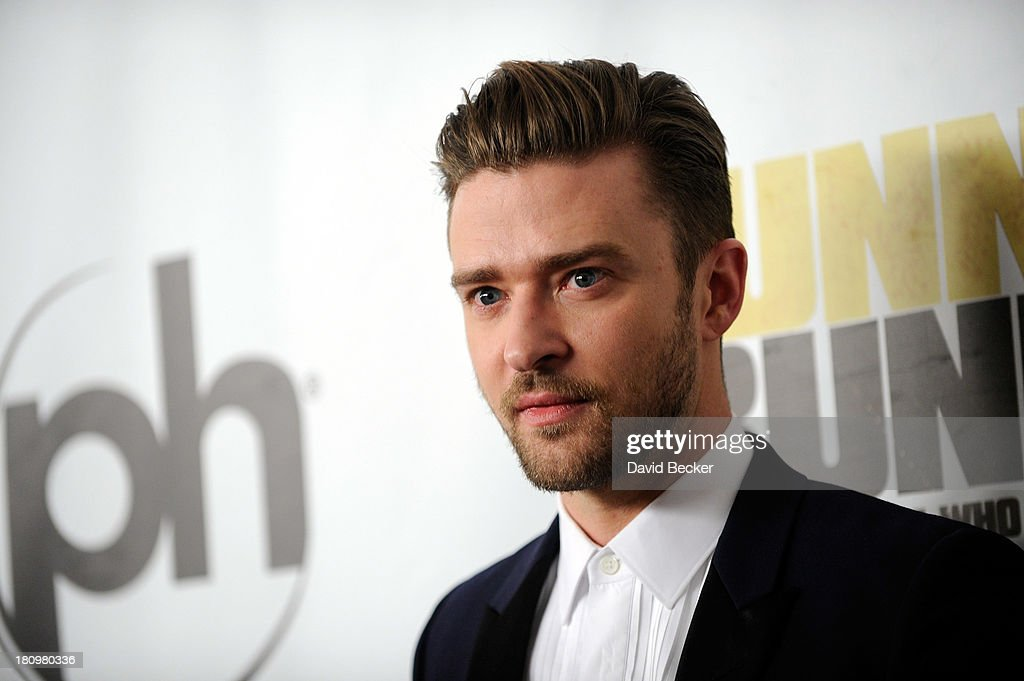 Singer/actor <a gi-track='captionPersonalityLinkClicked' href=/galleries/search?phrase=Justin+Timberlake&family=editorial&specificpeople=157482 ng-click='$event.stopPropagation()'>Justin Timberlake</a> arrives at the world premiere of Twentieth Century Fox and New Regency's film 'Runner Runner' at Planet Hollywood Resort & Casino on September 18, 2013 in Las Vegas, Nevada.