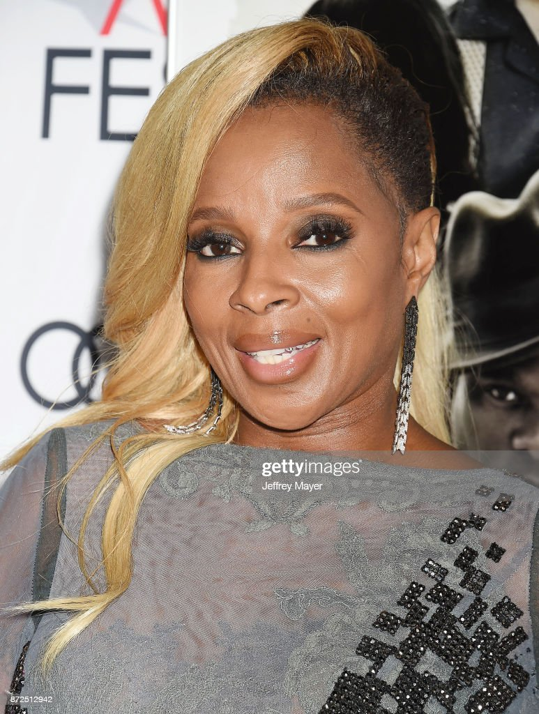 Singer/actor Mary J. Blige attends the screening of Netflix's 'Mudbound' at the Opening Night Gala of AFI FEST 2017 presented by Audi at TCL Chinese Theatre on November 9, 2017 in Hollywood, California.