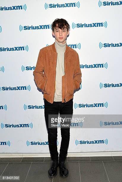 Singer/actor Troye Sivan visits SiriusXM Studios on March 2 2016 in New York City