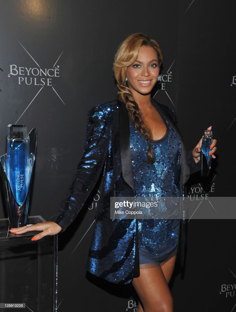 Singer/actress Beyonce Knowles attends the Beyonce Pulse fragrance launch at Penthouse (PH-D) at Dream Downtown on September 21, 2011 in New York City.