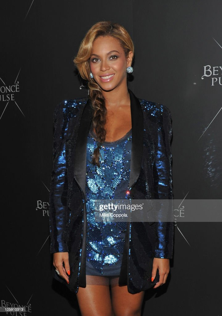 Singer/actress <a gi-track='captionPersonalityLinkClicked' href=/galleries/search?phrase=Beyonce+Knowles&family=editorial&specificpeople=171204 ng-click='$event.stopPropagation()'>Beyonce Knowles</a> attends the Beyonce Pulse fragrance launch at Penthouse (PH-D) at Dream Downtown on September 21, 2011 in New York City.
