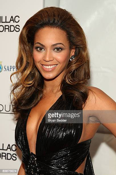 Singer/actress Beyonce Knowles attends the premiere of 'Cadillac Records' at the AMC Loews 19th Street theatre on December 1 2008 in New York City