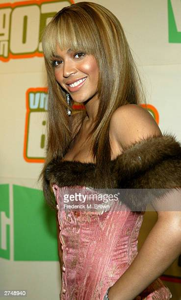 Singer/actress Beyonce Knowles attends the VH1's Big In 2003 Awards held on November 20 2003 at Universal City in Los Angeles California VH1's Big in...