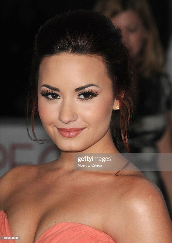 Singer/actress <a gi-track='captionPersonalityLinkClicked' href=/galleries/search?phrase=Demi+Lovato&family=editorial&specificpeople=4897002 ng-click='$event.stopPropagation()'>Demi Lovato</a> arrives for the 2012 People's Choice Awards held at Nokia Theatre L.A. Live on January 11, 2012 in Los Angeles, California.