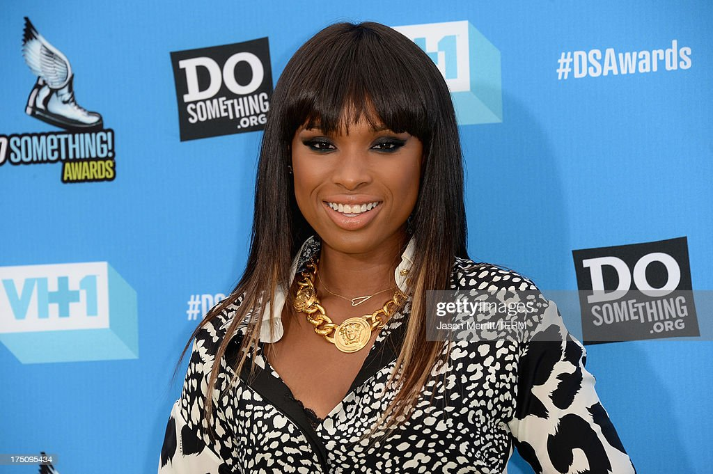 Singer/actress <a gi-track='captionPersonalityLinkClicked' href=/galleries/search?phrase=Jennifer+Hudson&family=editorial&specificpeople=234833 ng-click='$event.stopPropagation()'>Jennifer Hudson</a> arrives at the DoSomething.org and VH1's 2013 Do Something Awards at Avalon on July 31, 2013 in Hollywood, California.