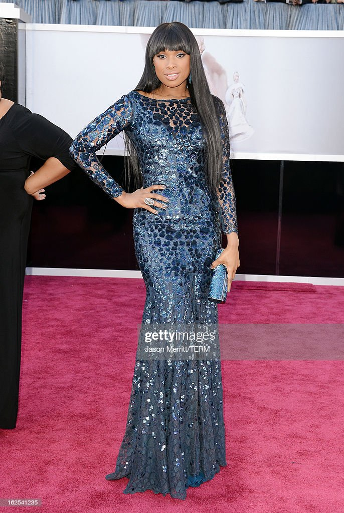 Singer-actress Jennifer Hudson arrives at the Oscars at Hollywood & Highland Center on February 24, 2013 in Hollywood, California.