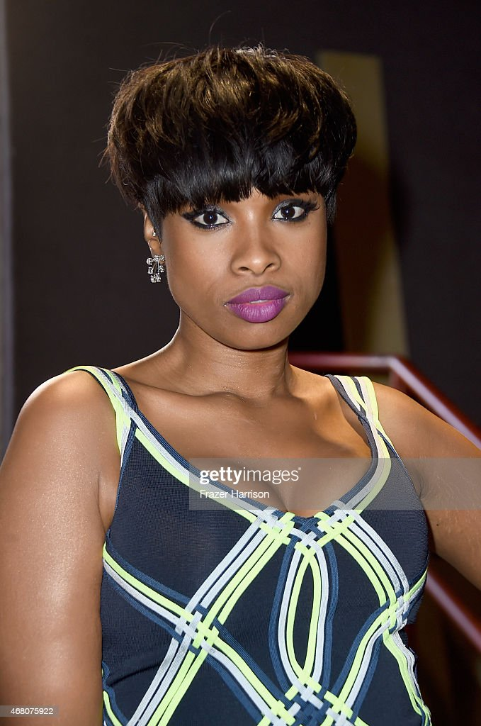 Singer/actress <a gi-track='captionPersonalityLinkClicked' href=/galleries/search?phrase=Jennifer+Hudson&family=editorial&specificpeople=234833 ng-click='$event.stopPropagation()'>Jennifer Hudson</a> attends the 2015 iHeartRadio Music Awards which broadcasted live on NBC from The Shrine Auditorium on March 29, 2015 in Los Angeles, California.