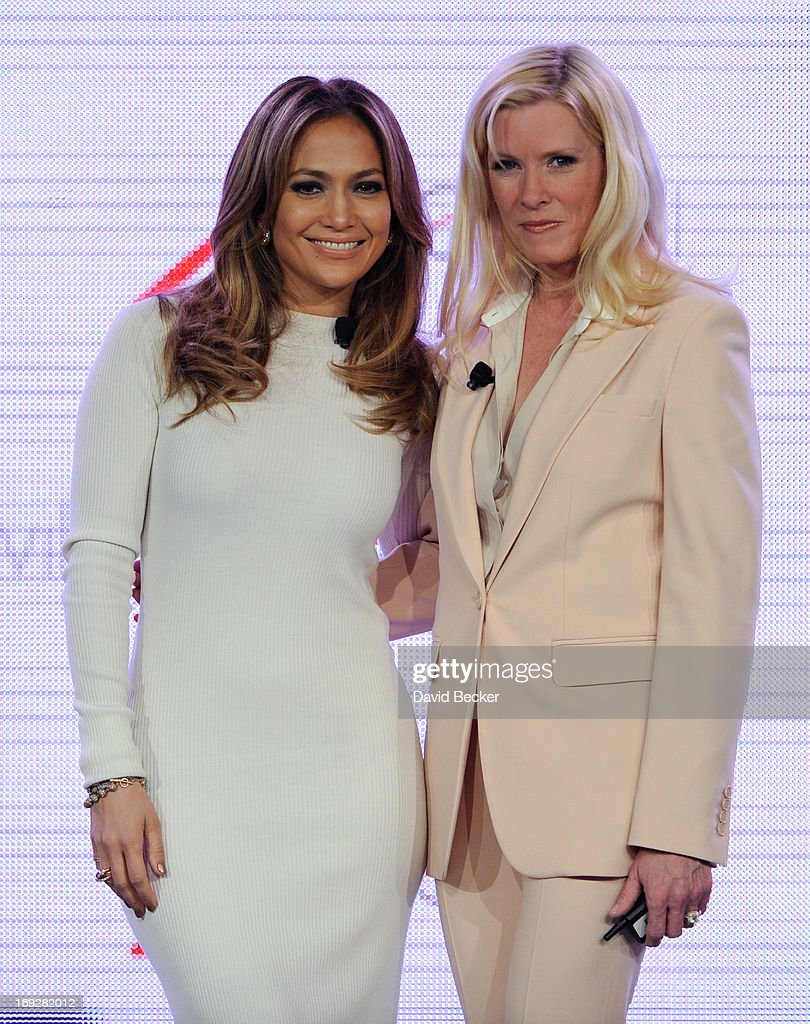 Singer/actress Jennifer Lopez (L) and Verizon Wireless Executive Vice President and Chief Executive Officer Marni Walden announce Viva Movil by Jennifer Lopez, a new national wireless retailer designed for the Latino community, during a news conference at the CTIA 2013 convention at the Venetian Las Vegas on May 22, 2013 in Las Vegas, Nevada.