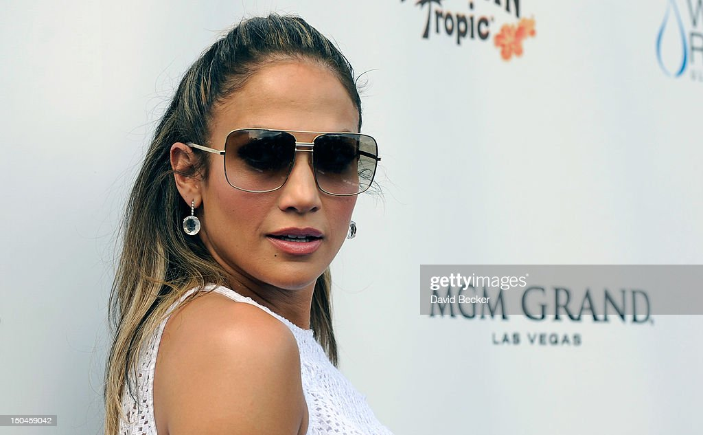 Singer/actress <a gi-track='captionPersonalityLinkClicked' href=/galleries/search?phrase=Jennifer+Lopez&family=editorial&specificpeople=201784 ng-click='$event.stopPropagation()'>Jennifer Lopez</a> arrives for an appearance at the Wet Republic pool at the MGM Grand Hotel/Casino on August 18, 2012 in Las Vegas, Nevada.