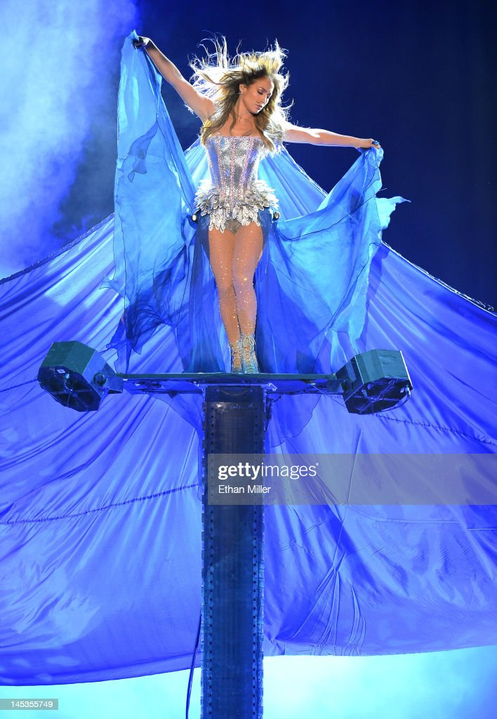 Singer/actress <a gi-track='captionPersonalityLinkClicked' href=/galleries/search?phrase=Jennifer+Lopez&family=editorial&specificpeople=201784 ng-click='$event.stopPropagation()'>Jennifer Lopez</a> performs during the Q'Viva! The Chosen Live show at the Mandalay Bay Events Center on May 26, 2012 in Las Vegas, Nevada.