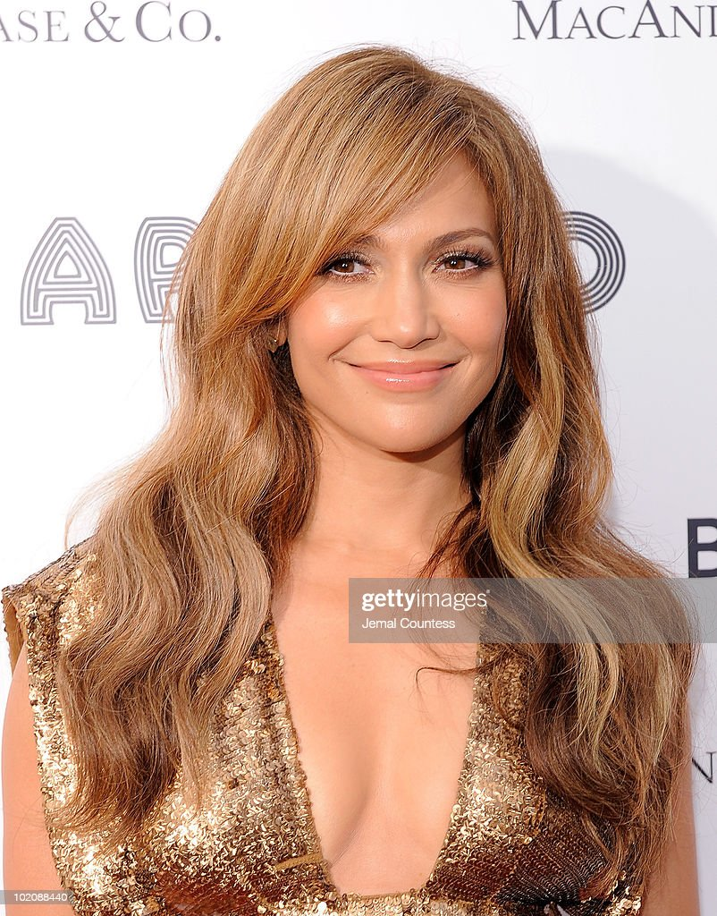 Singer\actress Jennifer Lopez poses for a photo on the red carpet at the 2010 Apollo Theater Spring Benefit Concert & Awards Ceremony at The Apollo Theater on June 14, 2010 in New York City.