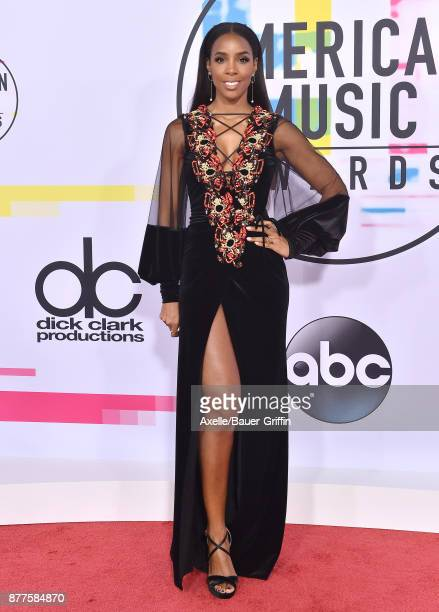 Singer/actress Kelly Rowland arrives at the 2017 American Music Awards at Microsoft Theater on November 19 2017 in Los Angeles California