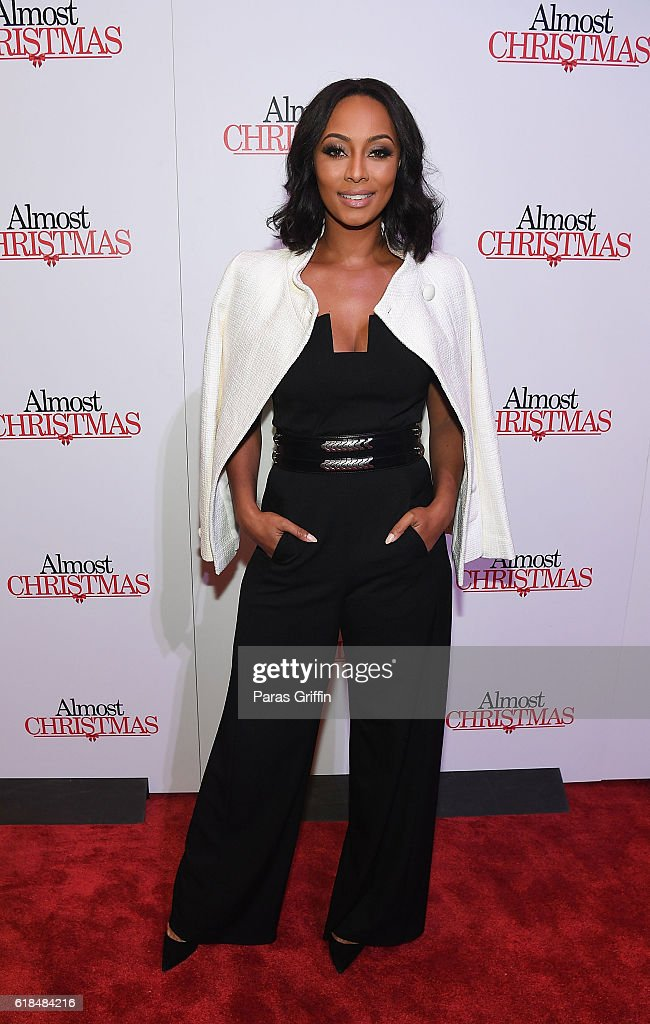 Singer/actress Keri Hilson attends 'Almost Christmas' Atlanta screening at Regal Cinemas Atlantic Station Stadium 16 on October 26, 2016 in Atlanta, Georgia.