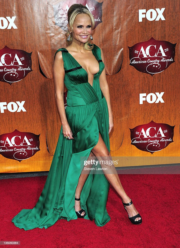 Singer/actress Kristin Chenoweth arrives for the American Country Awards at the MGM Grand Garden Arena on December 5, 2011 in Las Vegas, Nevada.