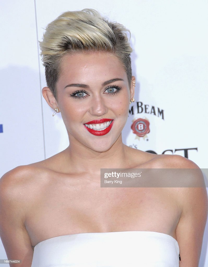 Singer/actress <a gi-track='captionPersonalityLinkClicked' href=/galleries/search?phrase=Miley+Cyrus&family=editorial&specificpeople=3973523 ng-click='$event.stopPropagation()'>Miley Cyrus</a> arrives at the Maxim 2013 Hot 100 Party held at Create on May 15, 2013 in Hollywood, California.