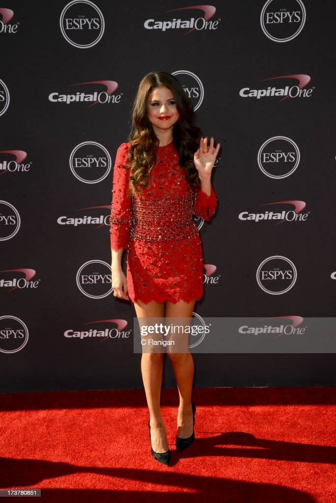 Singer/Actress Selena Gomez arrives at the 2013 ESPY Awards at Nokia Theatre L.A. Live on July 17, 2013 in Los Angeles, California.