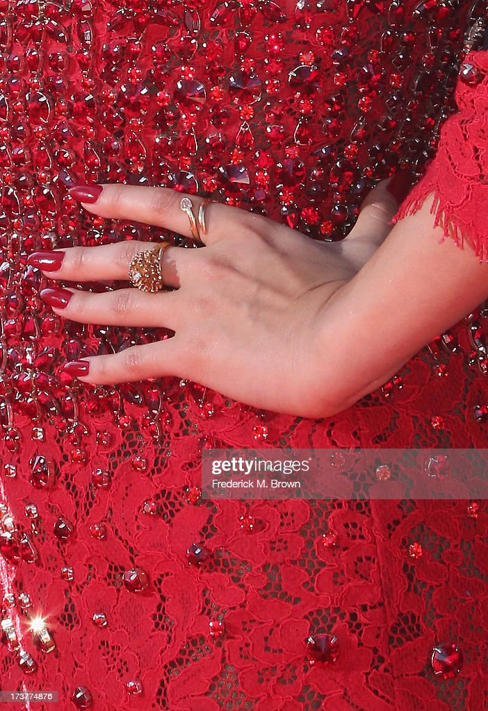 Singer/Actress Selena Gomez (fashion detail) attends The 2013 ESPY Awards at Nokia Theatre L.A. Live on July 17, 2013 in Los Angeles, California.
