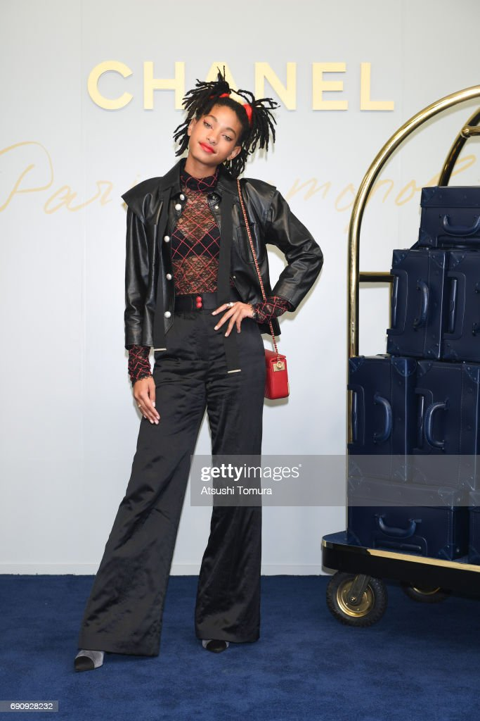 Singer/Actress Willow Smith attends the CHANEL Metiers D'art Collection Paris Cosmopolite show at the Tsunamachi Mitsui Club on May 31, 2017 in Tokyo, Japan.
