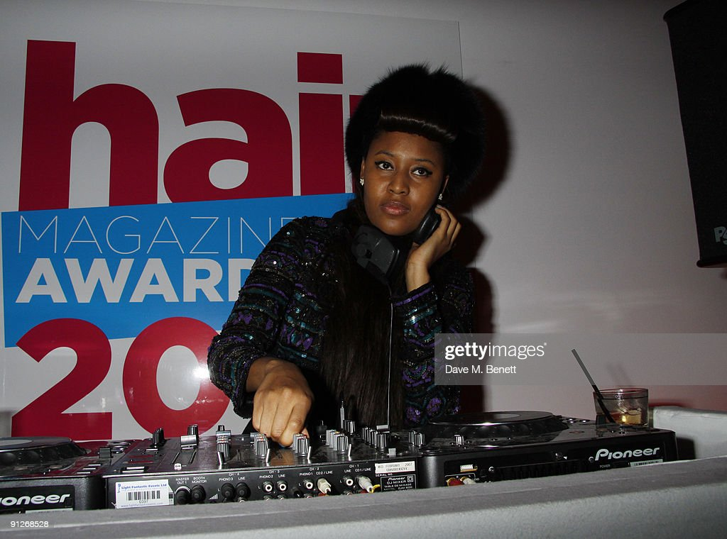 Singer/DJ VV Brown attends the Hair Magazine Awards 2009 held at Il Bottaccio on September 29, 2009 in London, England. (Photo by Dave M. Benett/Getty Images