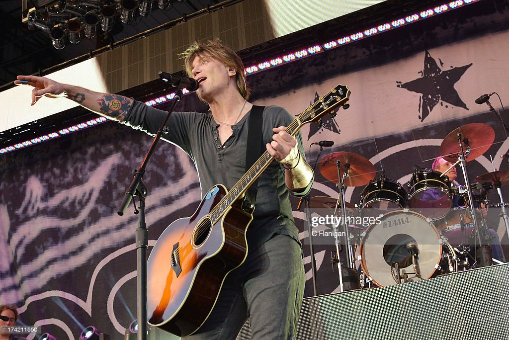 Singer/Guitarist <a gi-track='captionPersonalityLinkClicked' href=/galleries/search?phrase=John+Rzeznik&family=editorial&specificpeople=220876 ng-click='$event.stopPropagation()'>John Rzeznik</a> of The Goo Goo Dolls performs during the California Mid-State Fair on July 21, 2013 in Paso Robles, California.
