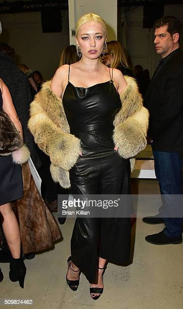 Singerl Caroline Vreeland attends the Cushnie et Ochs show during Fall 2016 New York Fashion Week The Shows at Skylight at Clarkson Sq on February 12...