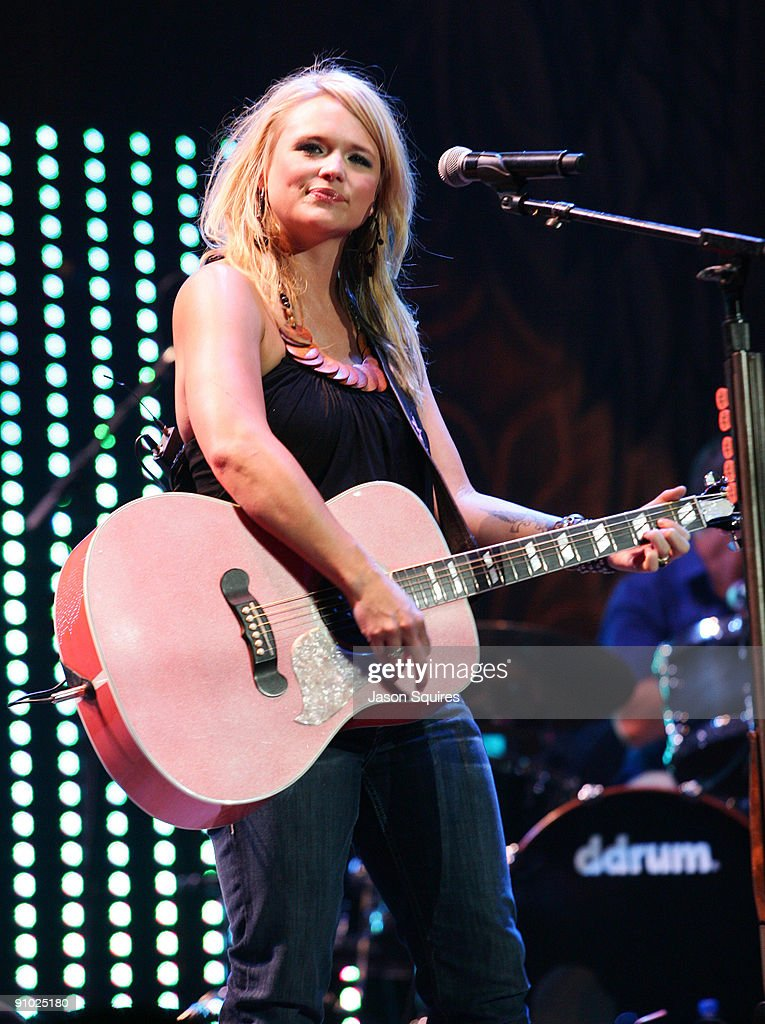 Singer/musician Miranda Lambert performs at the Sprint Center on May 9, 2009 in Kansas City, Missouri.