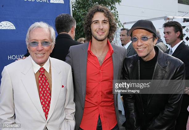 Singers Andy Williams Josh Groban and Robin Gibb during The Hollywood Bowl Fifth Annual Hall Of Fame ConcertBackstage at The Hollywood Bowl in Los...