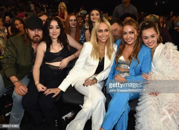 Singers Billy Ray Cyrus and Noah Cyrus Tish Cyrus Brandi Cyrus and singer Miley Cyrus attend the 2017 Billboard Music Awards at TMobile Arena on May...