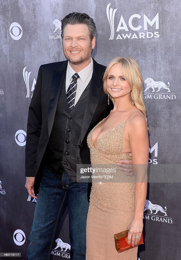 Singers Blake Shelton (L) and Miranda Lambert attend the 49th Annual Academy Of Country Music Awards at the MGM Grand Garden Arena on April 6, 2014 in Las Vegas, Nevada.