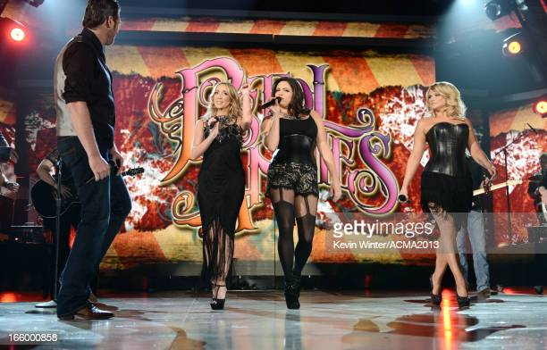 Singers Blake Shelton Ashley Monroe Angaleena Presley and Miranda Lambert onstage during the 48th Annual Academy of Country Music Awards at the MGM...