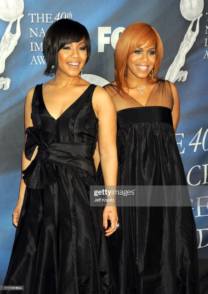 Singers <a gi-track='captionPersonalityLinkClicked' href=/galleries/search?phrase=Erica+Campbell&family=editorial&specificpeople=827874 ng-click='$event.stopPropagation()'>Erica Campbell</a> and Tina Campbell of <a gi-track='captionPersonalityLinkClicked' href=/galleries/search?phrase=Mary+Mary&family=editorial&specificpeople=776944 ng-click='$event.stopPropagation()'>Mary Mary</a> arrive at the 40th NAACP Image Awards held at the Shrine Auditorium on February 12, 2009 in Los Angeles, California.