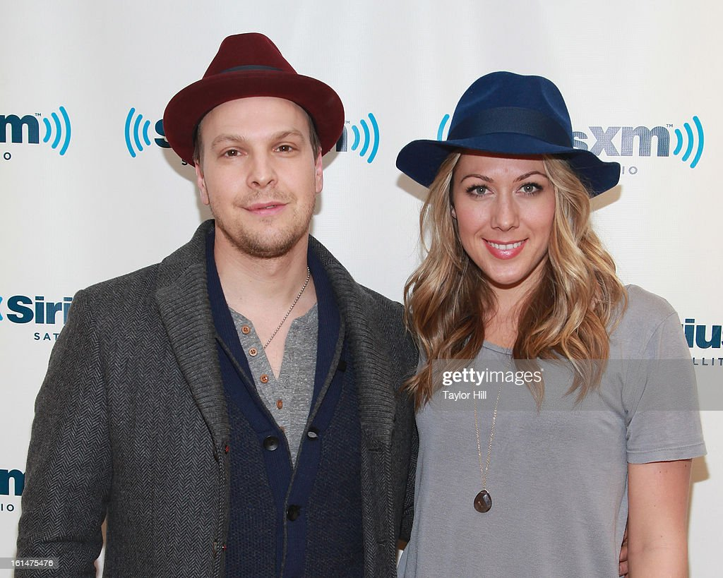 Singers <a gi-track='captionPersonalityLinkClicked' href=/galleries/search?phrase=Gavin+DeGraw&family=editorial&specificpeople=203282 ng-click='$event.stopPropagation()'>Gavin DeGraw</a> and <a gi-track='captionPersonalityLinkClicked' href=/galleries/search?phrase=Colbie+Caillat&family=editorial&specificpeople=4410812 ng-click='$event.stopPropagation()'>Colbie Caillat</a> visit SiriusXM Studios on February 11, 2013 in New York City.