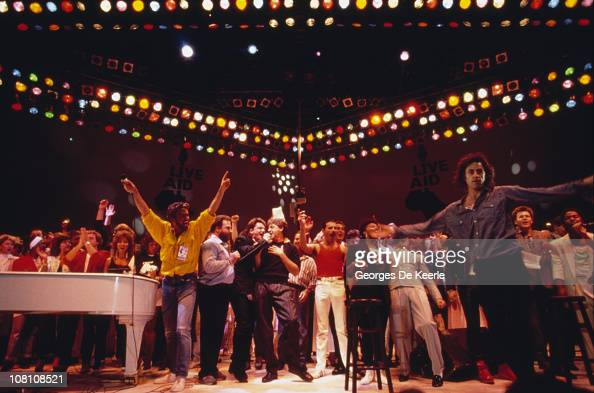 Singers George Michael Bono Paul McCartney Freddie Mercury and Bob Geldof take part in the Live Aid concert at Wembley Stadium in London 13th July...