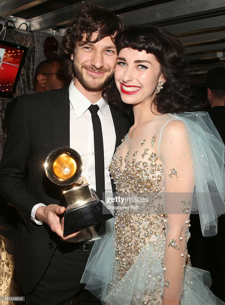 Singers Gotye (L) and Kiimbra appear onstage during the 55th Annual GRAMMY Awards at STAPLES Center on February 10, 2013 in Los Angeles, California.