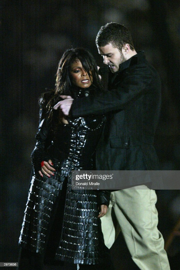 Singers Janet Jackson and <a gi-track='captionPersonalityLinkClicked' href=/galleries/search?phrase=Justin+Timberlake&family=editorial&specificpeople=157482 ng-click='$event.stopPropagation()'>Justin Timberlake</a> perform during the halftime show at Super Bowl XXXVIII between the New England Patriots and the Carolina Panthers at Reliant Stadium on February 1, 2004 in Houston, Texas. (Photo by Donald Miralle/Getty Images) The Patriots won 32-29 to claim their second Super Bowl in three years.