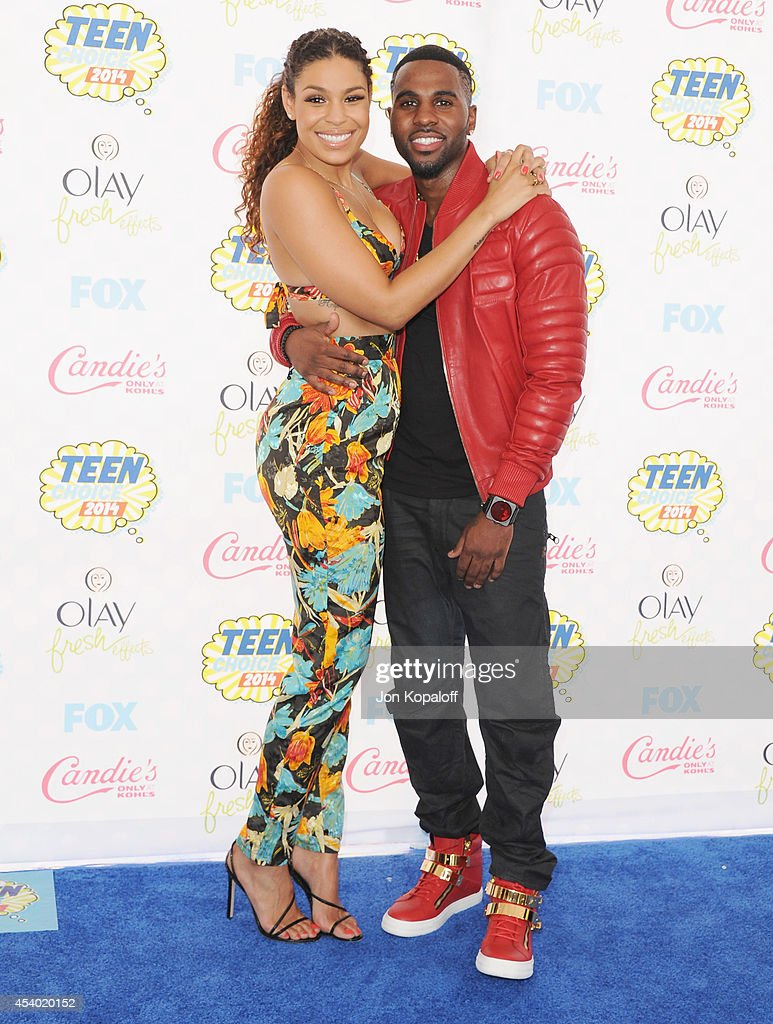 Singers Jordin Sparks and Jason Derulo arrive at the 2014 Teen Choice Awards at The Shrine Auditorium on August 10 2014 in Los Angeles California