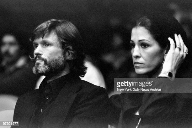 Singers Kris Kristofferson and Rita Coolidge at boxing match between Muhammad Ali and Earnie Shavers at Madison Square Garden