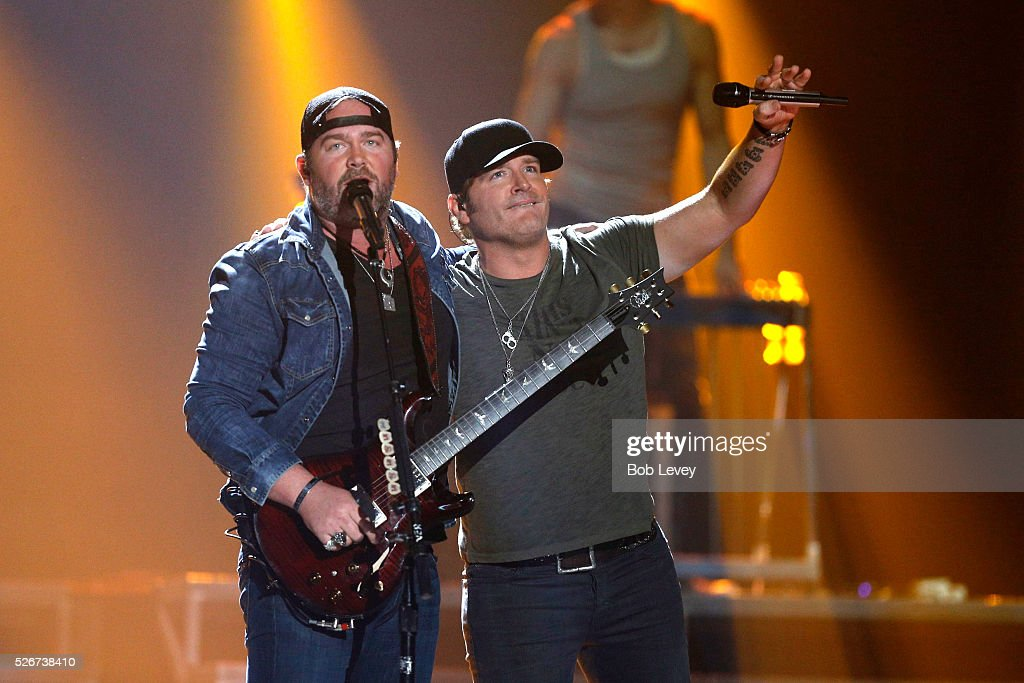 Singers Lee Brice (L) and Jerrod Niemann perform onstage during the 2016 iHeartCountry Festival at The Frank Erwin Center on April 30, 2016 in Austin, Texas.