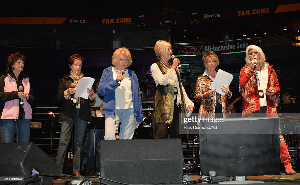 Singers <a gi-track='captionPersonalityLinkClicked' href=/galleries/search?phrase=Leona+Williams&family=editorial&specificpeople=11672752 ng-click='$event.stopPropagation()'>Leona Williams</a>, Jan Howard, Jean Shepard, <a gi-track='captionPersonalityLinkClicked' href=/galleries/search?phrase=Janie+Fricke&family=editorial&specificpeople=3135634 ng-click='$event.stopPropagation()'>Janie Fricke</a>, Jeannie Seely and <a gi-track='captionPersonalityLinkClicked' href=/galleries/search?phrase=Emmylou+Harris&family=editorial&specificpeople=240263 ng-click='$event.stopPropagation()'>Emmylou Harris</a> perform during rehearsals of Playin' Possum! The Final No Show Tribute To George Jones at Bridgestone Arena on November 21, 2013 in Nashville, Tennessee.