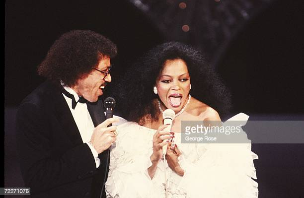 Singers Lionel Ritchie and Diana Ross team up to perform their hit 'Endless Love' at a 1987 concert in Los Angeles California