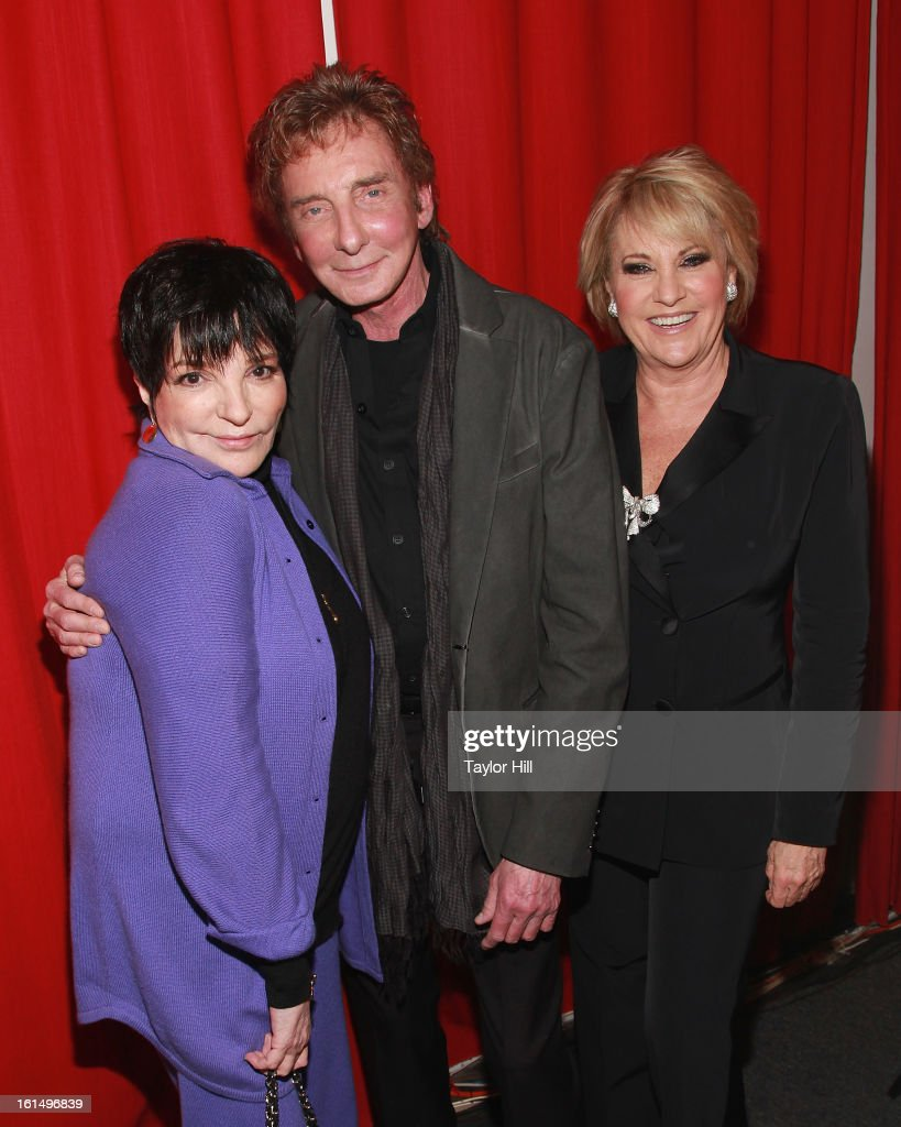 Singers Liza Minnelli Barry Manilow and Lorna Luft pose backstage at 'Lorna's Living Room' at Jim Caruso's Cast Party at Birdland Jazz Club on...