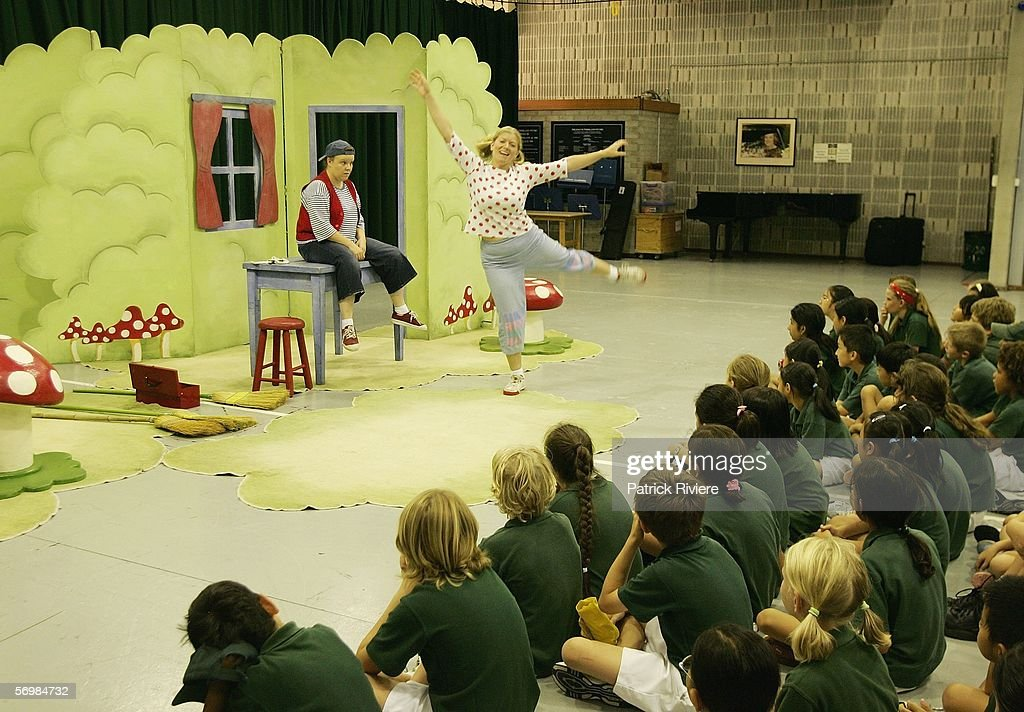 Singers Louise Watts playing the role of a Hansel (L) and Harriet Marshall playing the role of Gretel perform in front of the Crown Street Primary school children during the OzOpera tour launch for Humperdinck's 'Hansel and Gretel' at The Opera Centre on March 3, 2006 in Sydney, Australia.Thousands of primary school children will see opera for the first time when Opera Australia's OzOpera heads off to perform its highly popular 50-minute version of Humperdinck's opera Hansel and Gretel in primary schools all over New South Wales.