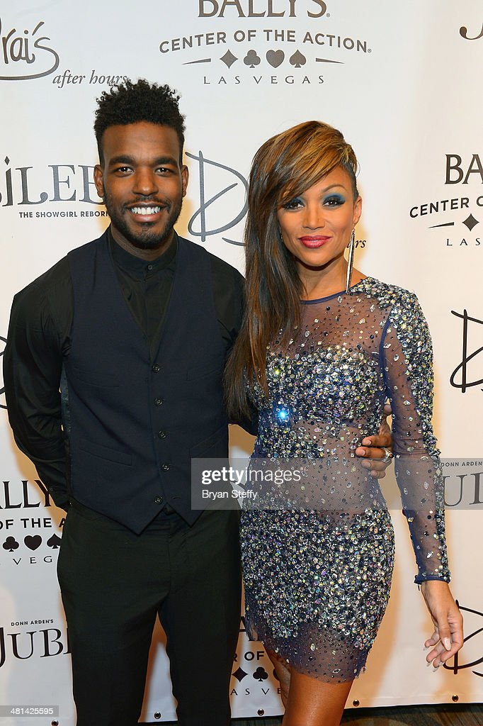 Singers Luke James (L) and <a gi-track='captionPersonalityLinkClicked' href=/galleries/search?phrase=Chante+Moore&family=editorial&specificpeople=2260137 ng-click='$event.stopPropagation()'>Chante Moore</a> arrive at the 'Jubilee!' show's grand reopening at Ballys Las Vegas on March 29, 2014 in Las Vegas, Nevada.