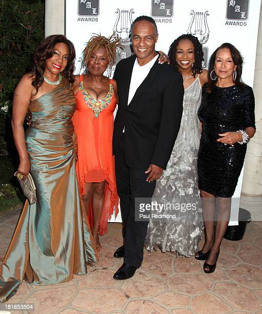 Singers Mary Wilson Thelma Houston Ray Parker Jr Siedah Garrett and Freda Payne attend the 24th Annual Heroes And Legends Awards at Beverly Hills...