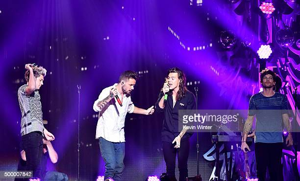 Singers Niall Horan Liam Payne Harry Styles and Louis Tomlinson of One Direction perform onstage during 1027 KIIS FM's Jingle Ball 2015 Presented by...
