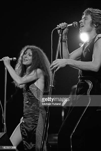 Singers Robert Palmer and Elkie Brooks performing with British rhythm and blues band Vinegar Joe 24th June 1973