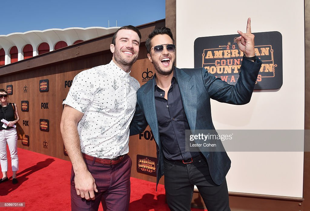 Singers Sam Hunt (L) and Luke Bryan attend the 2016 American Country Countdown Awards at The Forum on May 1, 2016 in Inglewood, California.