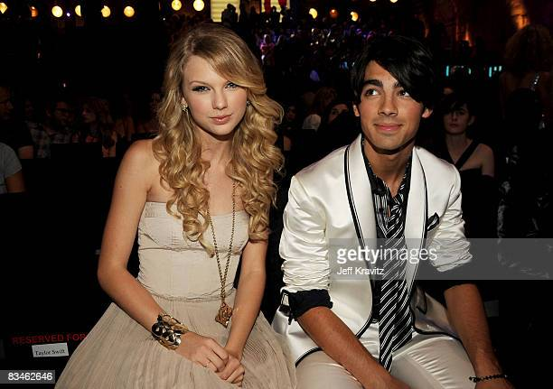 Singers Taylor Swift and Joe Jonas at the 2008 MTV Video Music Awards at Paramount Pictures Studios on September 7 2008 in Los Angeles California
