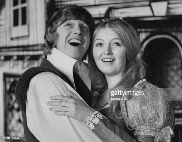 Singers Tommy Steele as Dick and Mary Hopkin as Alice Fitzwarren during rehearsals for the pantomime 'Dick Whittington' at the London Palladium 20th...